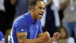 Noah no deja nada a la suerte antes de final de Copa Davis