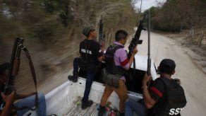 México: bandas y autodefensas alimentan creciente violencia