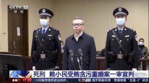 China condena a muerte a funcionario por corrupción