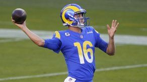 Rams quieren unirse a Lakers y Dodgers con título para LA