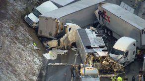 Cinco muertos en choque vehicular múltiple en Pensilvania