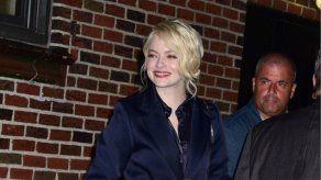 Emma Stone está muy emocionada con su debut en la maternidad