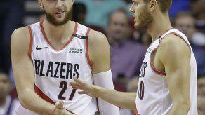 Lillard y Nurkic anotan 22; Blazers arrollan a Rockets