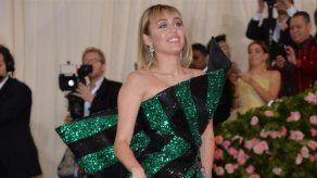 Las caóticas fiestas navideñas de Miley Cyrus