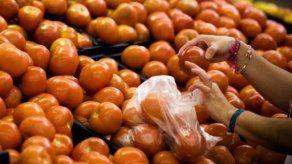 México suspende aranceles al limón y tomate verde para reducir precios