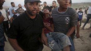 Médicos recuperan 2 cuerpos tras ataque israelí en Gaza