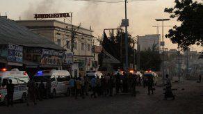 Al menos 20 muertos y 30 heridos en un ataque a un restaurante en Somalia