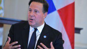 Defensa del expresidente Varela cooperará con investigaciones pese a que denuncia no tiene ningún mérito
