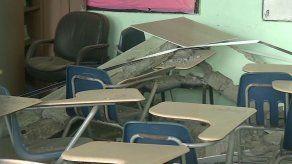 Dos educadoras heridas por desprendimiento de un techo en escuela Louis Martinz