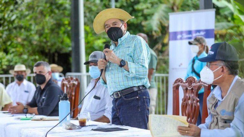 Presidente Cortizo advierte que revisarán los molinos para verificar si están llenos de arroz
