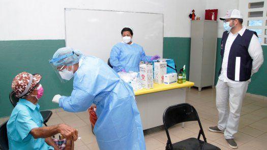 Culminaaplicación de primeras dosis de vacuna contra la COVID-19 en elcircuito8-10