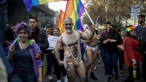 Más de cien mil personas participan en Santiago en la XIX Marcha del Orgullo
