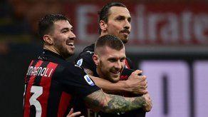 Ibrahimovic marca un doblete contra el Crotone y supera los 500 goles en club