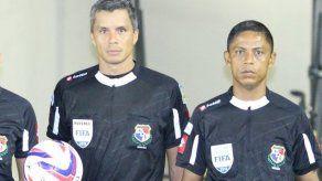 La FIFA confirma a árbitros panameños Pittí y Victoria para Rusia 2018