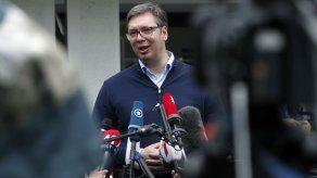 Populistas serbios arrasan en las elecciones parlamentarias