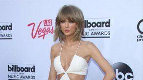 Taylor Swift celebró su cumpleaños con una fiesta de temática navideña