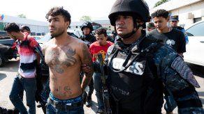 Condenan a pandilleros a penas de hasta 148 años de cárcel en El Salvador