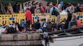 Más de un millar de inmigrantes llegan a Canarias en dos días