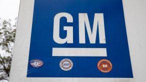 Ingresos de GM se desploman 88% en 1er trimestre