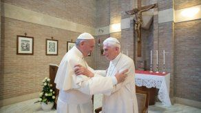 El Vaticano desmiente reporte de mala salud de Benedicto XVI