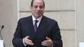 El presidente de Egipto visita Sudán