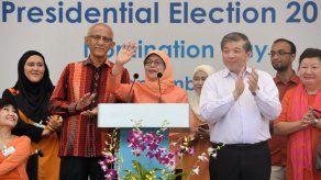 La musulmana Halimah Yacob es elegida la primera presidenta de Singapur