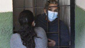 Fiscalía boliviana solicita seis meses de detención preventiva para Jeanine Áñez