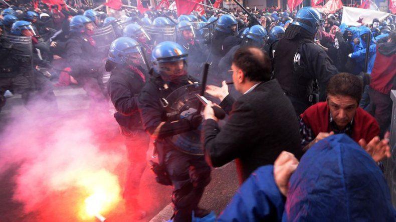 Seis detenidos y cuatro heridos, uno grave, en actos violentos en Roma