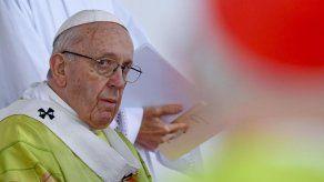 El papa declina comentar las acusaciones sobre el caso del cardenal McCarrick