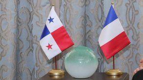 Embajada de Francia anuncia convocatoria de becas para profesionales de la cultura o artistas