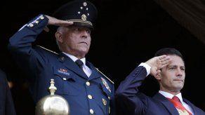 EEUU retira cargos contra exministro de Defensa mexicano