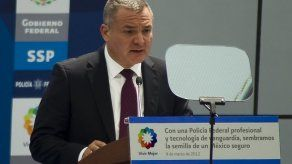 México denuncia millonarias transferencias a exsecretario arrestado en EEUU