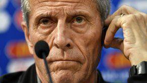 Tabárez: Con el árbitro argentino Pitana 'nunca ganamos'