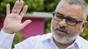 Piden separar a fiscales de proceso contra expresidente salvadoreño Funes