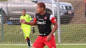 Roberto Chen regresa de su lesión y tiene minutos en fogueo con Alajuelense