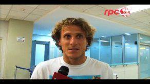 Forlán dice que se extrañará a Suárez pero destaca variantes