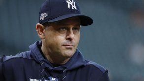Yankees: Aaron Boone en licencia para recibir marcapasos