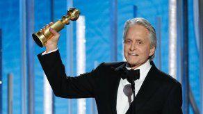Los Globos de Oro comienzan con premio a Michael Douglas y The Americans