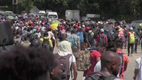 Disuelven en México caravana de 2.000 migrantes; iban a EEUU