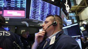 Recomiendan mantener la calma ante caída de los mercados