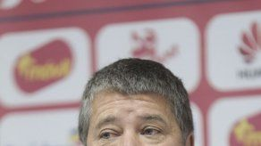 Bolillo: Manotas Mejía no va al Mundial y tengo dudas con Camargo e Ismael