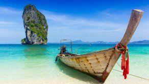 La isla tailandesa de Phuket eliminará la cuarentena para turistas vacunados