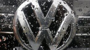 Corte alemana abre brecha a pactos sobre autos diésel de VW