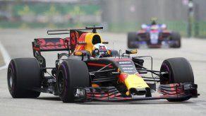Ricciardo destroza su récord en prácticas de F1 en Singapur