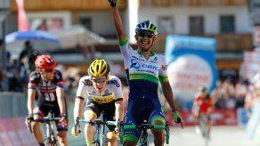 Chaves gana la 14ª etapa del Giro