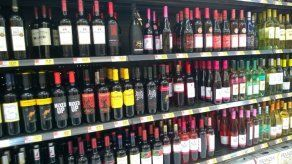 Gobierno revisa medida de Ley Seca tras petición de industria licorera