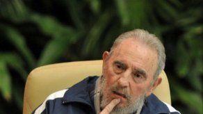 Fidel Castro elogia a Mandela y revela lo que Raúl le dijo a Obama