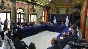 Ente electoral de Guatemala suspende revisión de actas de comicios generales