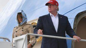 Trump dice que aceptaría información extranjera sobre su rival en 2020