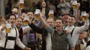 Fluye la cerveza en Munich: comienza la Oktoberfest